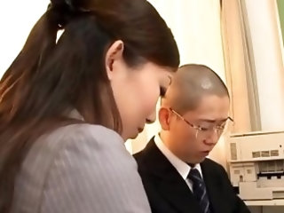 Voluptuous floosy Natsumi Inagawa gets head and twat banged