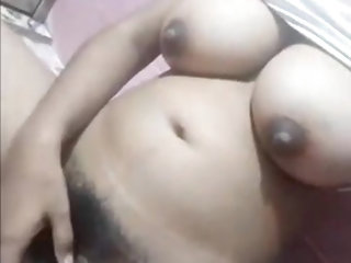 Indian Desi Girl Boobs
