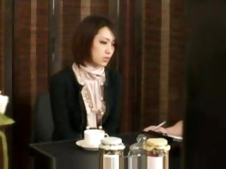 Japanese businesswoman fucked by masseuse