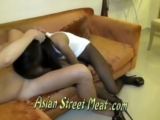 Chinese Prostitute Claims To Have Build The Pyramids